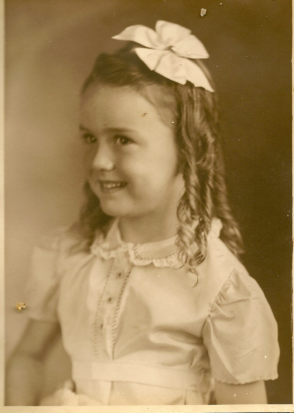 Ada Joyce (Copeland) Bergstrom taken in Dallas, TX young girl
